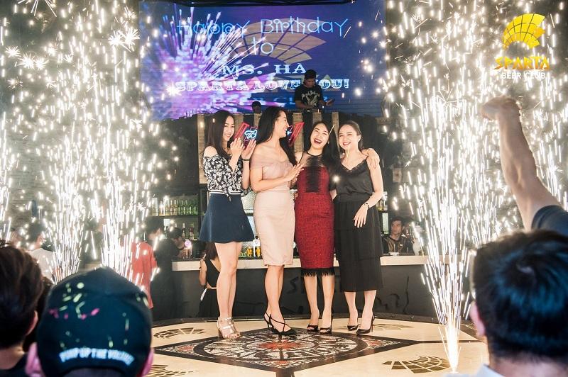 Địa điểm tổ chức sinh nhật tại Hà Nội Sparta Beer Club 15