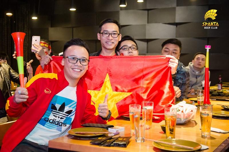 Quán bia xem bóng đá Hà Nội Sparta Beer Club 7